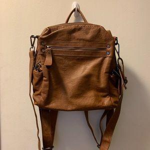 Handbags - BNWT convertible backpack purse